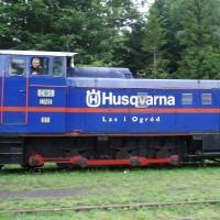 Úzkorozchodná lokomotiva