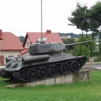 Tank v Sanoku
